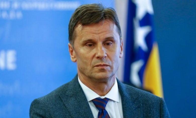 Photo of Ko će voditi Vladu FBiH: Novalić može ovlastiti i drugog zamjenika Veska Drljaču