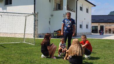 Photo of Muamer Sofović u Švedskoj ima uspješan biznis, ali snovi su mu se ispunili kada se vratio u rodno selo