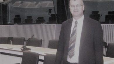 Photo of Od posljedica koronavirusa preminuo Munir Radača