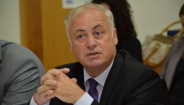 Photo of Arnautović: Tražit ću izmjene biračkih odbora u Srebrenici i Doboju