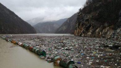 Photo of Višegrađani ogorčeni: Problem plutajućeg otpada u Drini moguće riješiti samo na međudržavnom nivou