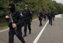 Photo of Blokade i prijetnje: Sve veće napetosti na Kosovu