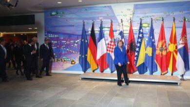 Photo of Merkel odbijanjem promjena granica spriječila najgori scenarij na Balkanu